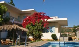 Cormoranos Apartments Nopigia, Kissamos, 73400, Greece best holiday packages