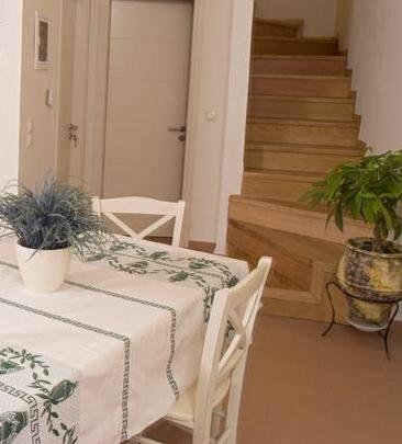 Agriorodo Omalos, 73005, Crete, Greece best offer