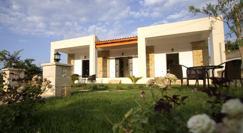 Agarathos Kaliviani, Kissamos, 73400, Greece accommodation  package