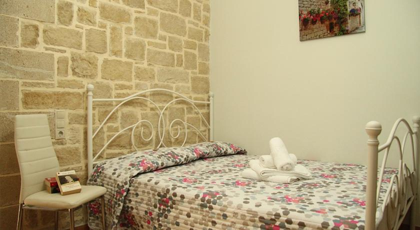 Agia Barbara Apartments Kournas, Georgioupolis, Chania Region, 73007, Greece holidays